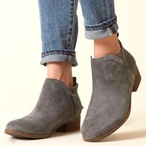 Toms Deia Suede Ankle Boots Gray 6.5